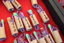 子供さんも夢中になる竹笛づくり
